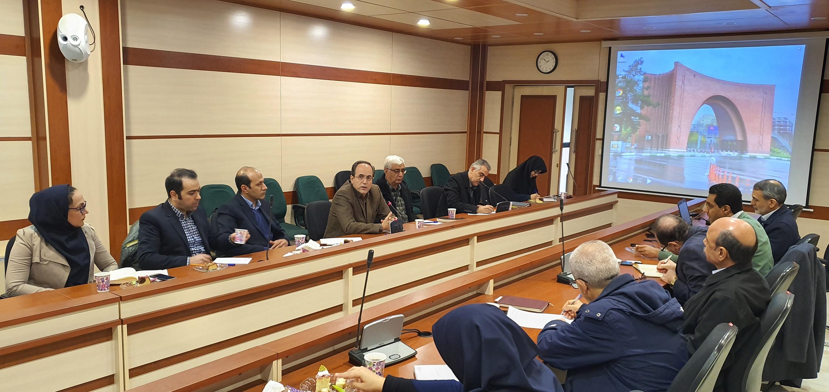 برگزاری جلسه مشترک شرکت گسترش و نوسازی معادن خاورمیانه (ممرادکو) و دانشگاه تربیت مدرس با هدف ارتباط صنعت با دانشگاه