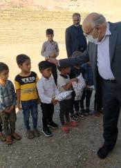 بهره برداری از پروژه آبرسانی روستای پیکوه و توزیع پک های آموزشی به نوآموزان این روستا
